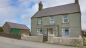 Traditional Farmhouse On A Working Farm Near Whistling Sands And Aberdaron (Sleeps 7)