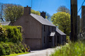 Comfortable, Immaculately-presented Farmhouse Near Porth Colmon, At Llangwnnadl